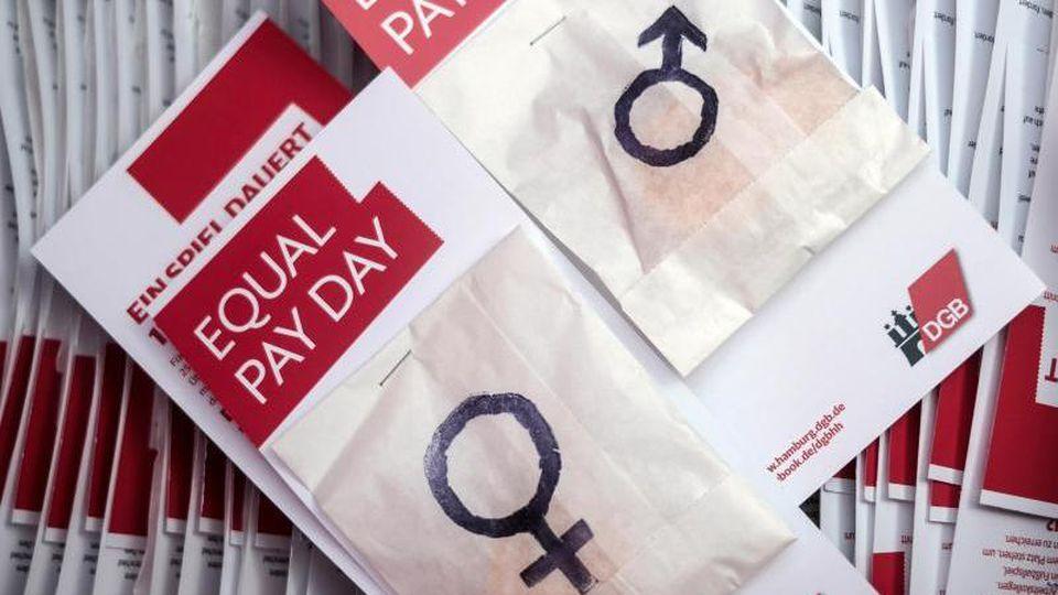 Die Einkommenslücke zwischen den Geschlechtern blieb auch 2018 groß. Im Schnitt verdienten Frauen gut ein Fünftel weniger als Männer. Foto: Axel Heimken