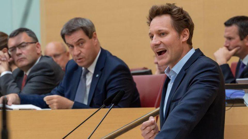 Ludwig Hartmann spricht während einer Sitzung des bayerischen Landtags. Foto:Peter Knefel/Archiv