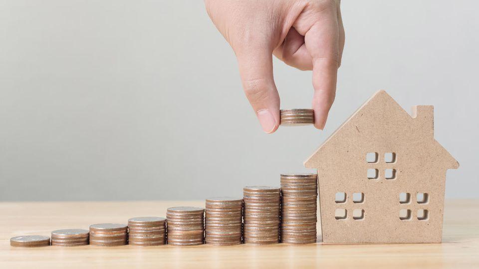 finanz experte erkl rt dann lohnt sich ein bausparvertrag. Black Bedroom Furniture Sets. Home Design Ideas