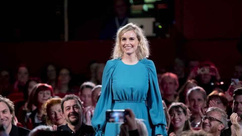 Umjubelt bei der 70. Berlinale: Schauspielerin Nina Hoss. Foto: Christoph Soeder/dpa