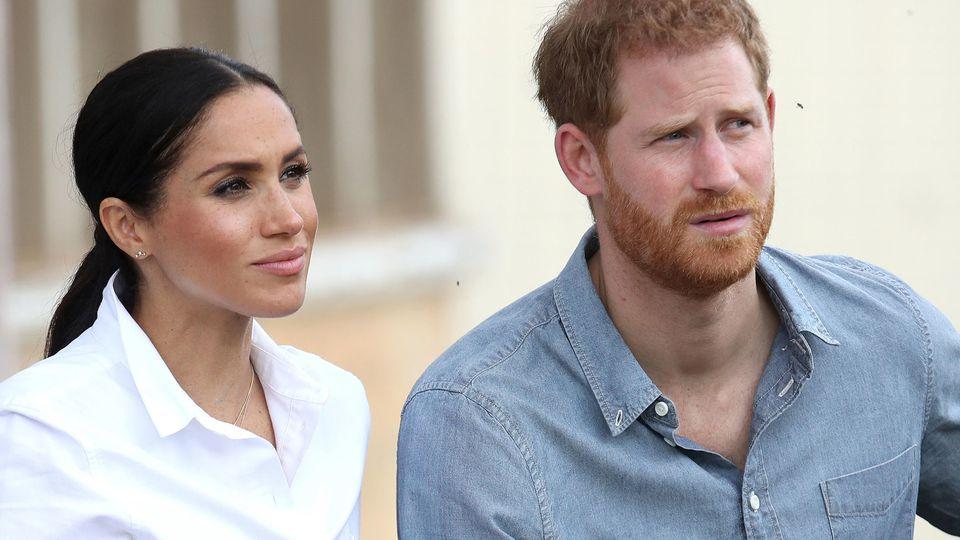 Prinz Harry und seine Frau Meghan werden wohl keinen Babyshower veranstalten.