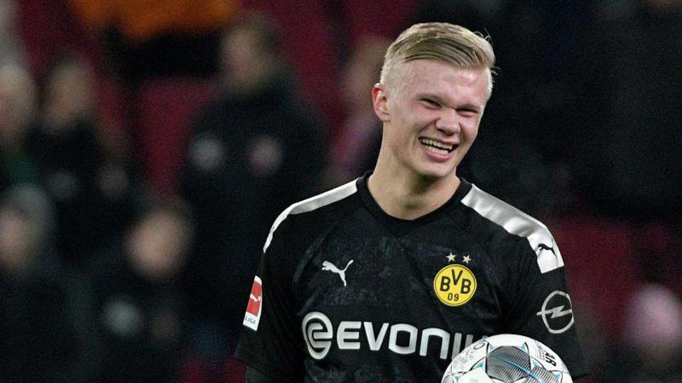 Erling Haaland erzielte in seinem ersten Spiel für Borussia Dortmund gleich drei Tore. Foto: Stefan Puchner/dpa