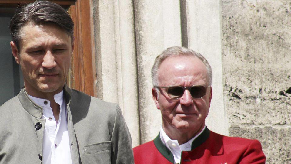 Robert Kovac Niko Kovac und Karl Heinz Rummenigge bei der Meisterfeier des FC Bayern München auf de