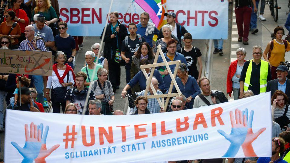 Tausende Menschen bei «Unteilbar»-Demonstration gegen Antisemitismus in Berlin