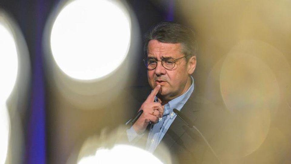 Sigmar Gabriel (SPD), ehemaliger Vizekanzler und Parteivorsitzender der SPD. Foto: Axel Heimken/dpa/Archivbild