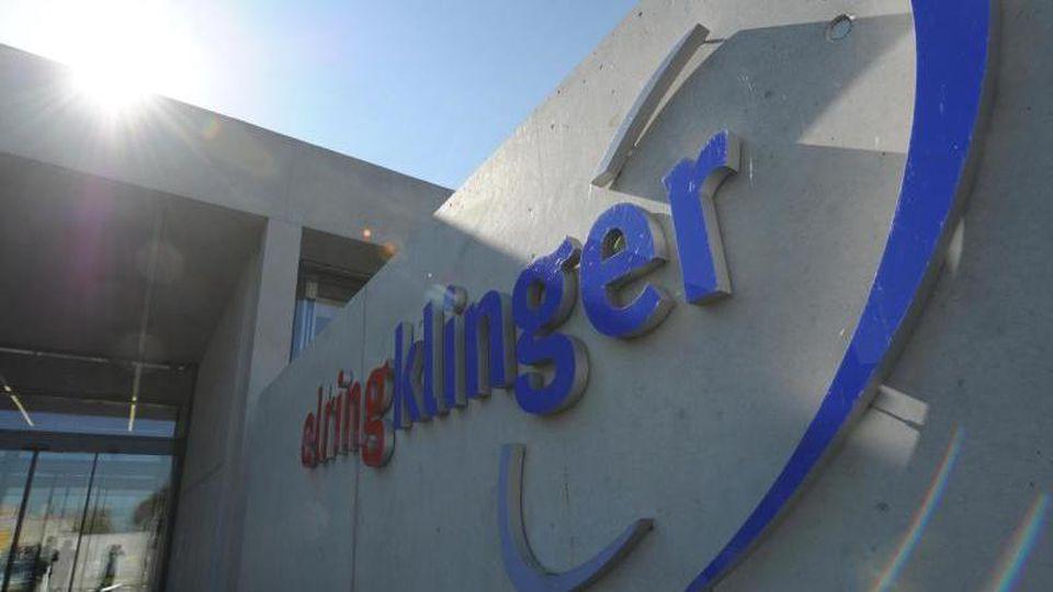 Das Logo der Firma ElringKlinger. Foto: Franziska Kraufmann/Archiv
