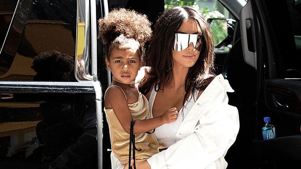 Nachwuchs - Kim Kardashians Leihmutter ist in den Wehen