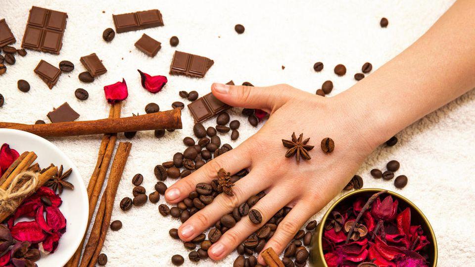 Badeschokolade ist für alle Hauttypen geeignet und verwöhnt die Haut.