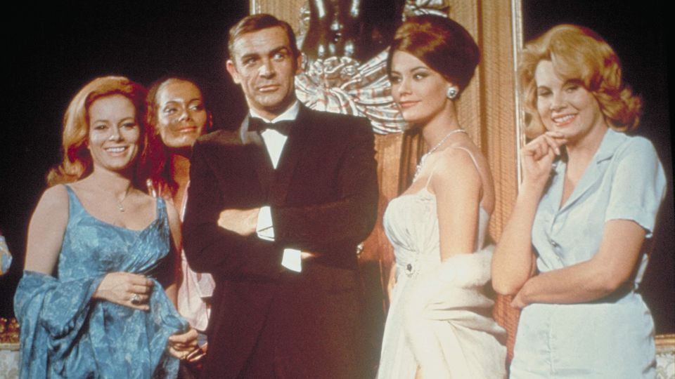 "James Bond 007 im Film ""Feuerball"""