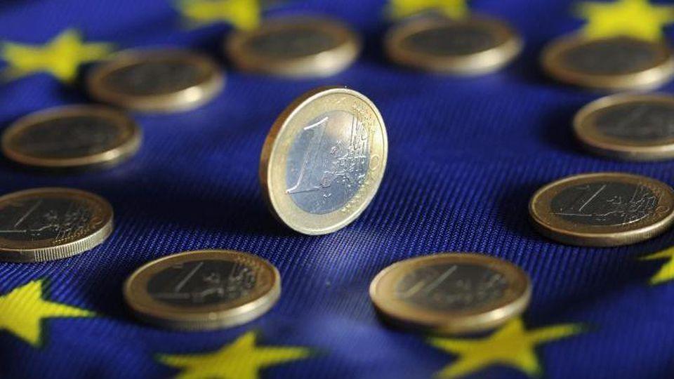 Laut Statistikamt Eurostat ging die Schuldenquote in der Eurozone im vergangenen Jahr zurück - allerdings weniger stark als angenommen. Foto: Uli Deck/dpa