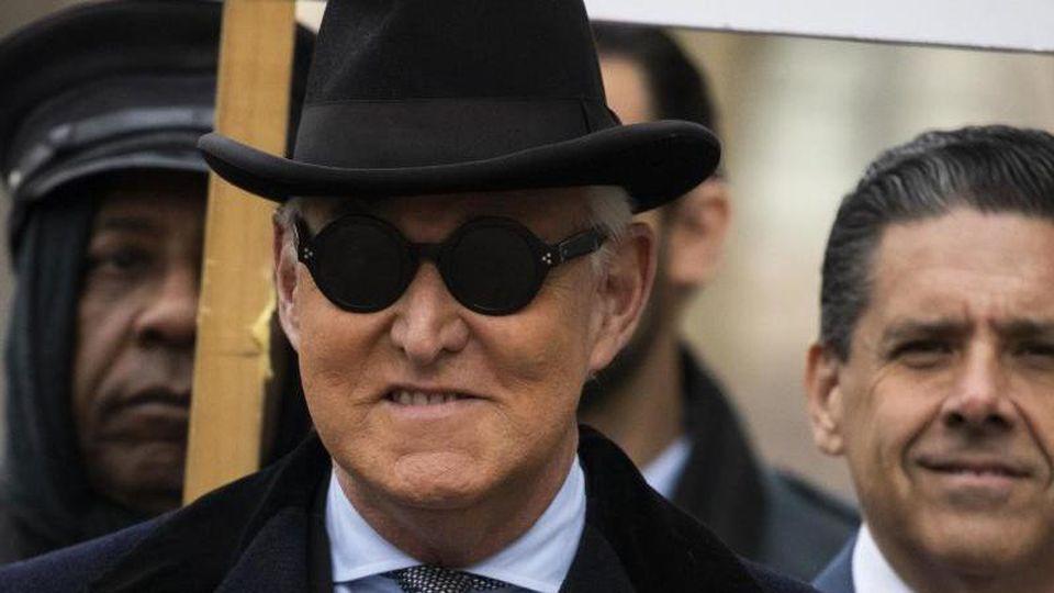 Roger Stone, ein langjähriger Vertrauter von US-Präsident Trump, muss für 40 Monate ins Gefängnis. Foto: Manuel Balce Ceneta/AP/dpa