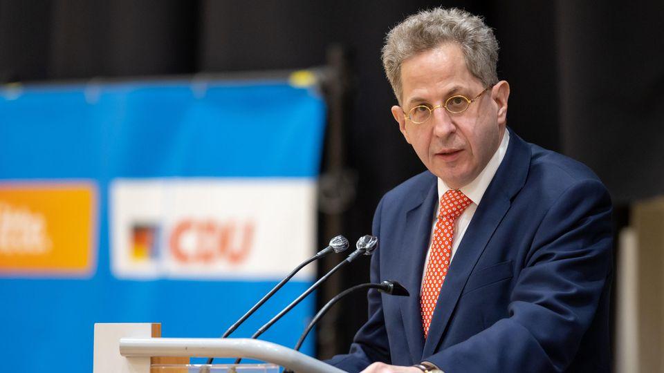 Der ehemalige Verfassungsschutzpräsident ist wegen seiner politischen Ansichten umstritten