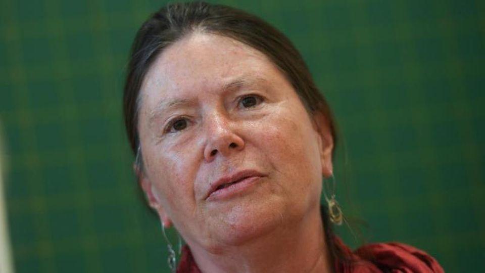 Ulrike Höfken, rheinland-pfälzische Umweltministerin, fotografiert während einer Veranstaltung. Foto: Arne Dedert/Archiv