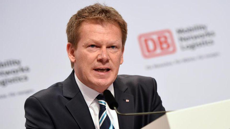Verkehr - Bahn-Chef holt Minister nicht ab - Wirtschaft