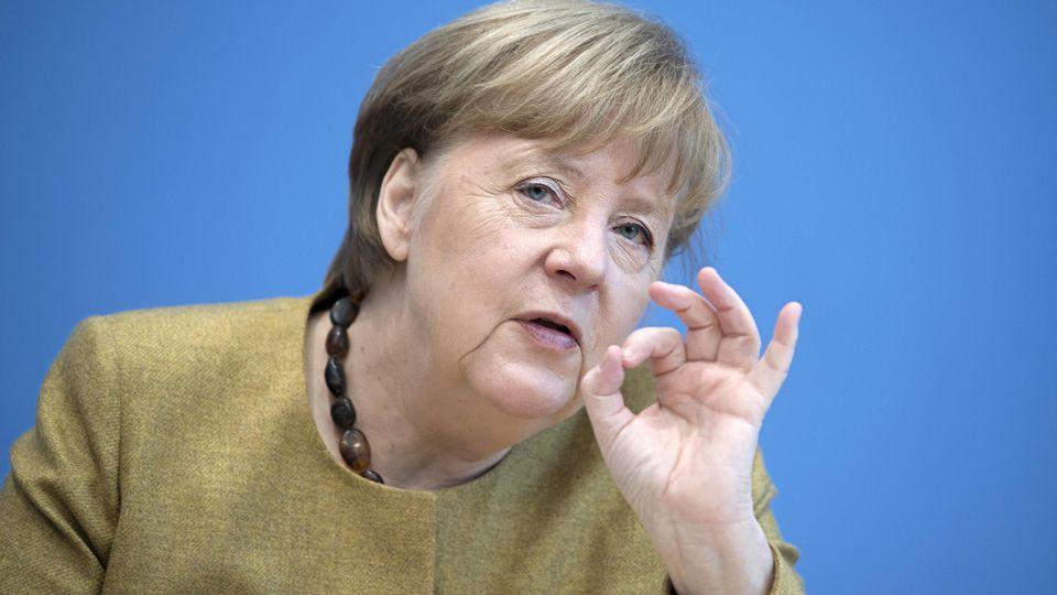 Bundeskanzlerin Angela Merkel fordert gleiche Löhne für Männer und Frauen.
