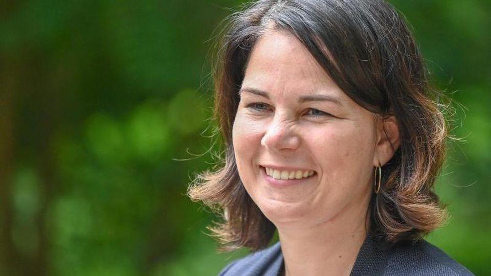 Bei Grünen-Kanzlerkandidatin Annalena Baerbock kümmert sich ihr Ehemann im Falle ihres Wahlsieges komplett um die Betreuung der beiden gemeinsamen Kinder. Foto: Patrick Pleul/dpa-Zentralbild/dpa