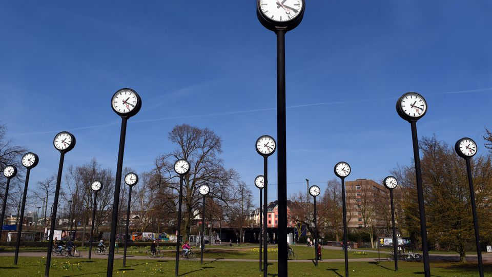 Gruppenvergewaltigung in Park: 22-jähriges Opfer