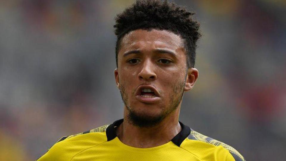 Der mögliche Transfer von Jadon Sancho zu Manchester United bleibt für Borussia Dortmund ein Dauerthema. Foto: Bernd Thissen/dpa