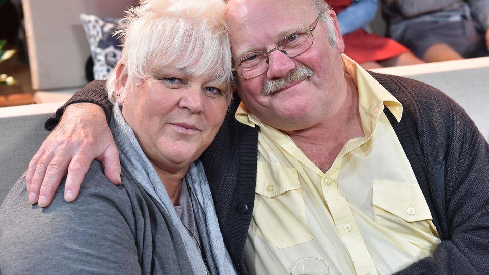 """""""Bauer sucht Frau""""-Kandidat Günter steht seiner Rosi bei."""