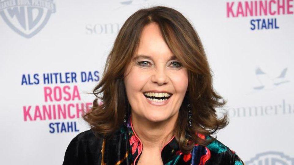 """Regisseurin Caroline Link bei der Premiere ihres Films """"Als Hitler das rosa Kaninchen stahl"""" 2019 in München. Foto: Tobias Hase/dpa"""