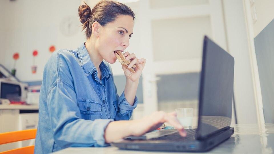 Das Homeoffice kann schnell zur Kalorienfalle werden
