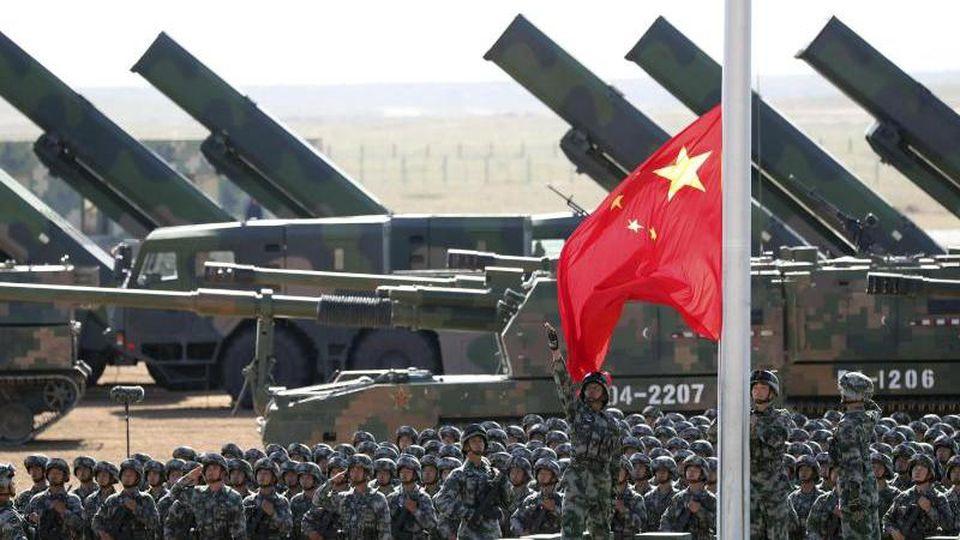 Laut denForschern des Friedensforschungsinstituts Sipri. besteht Chinas Rüstungsindustrie aus zehn großen Waffenkonzernen sowie einem Forschungsinstitut. Foto: Pang Xinglei/Xinhua via AP/dpa