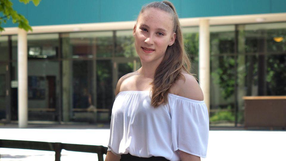 Mandy Hoffmann schafft Traum-Abi mit 14 Jahren.