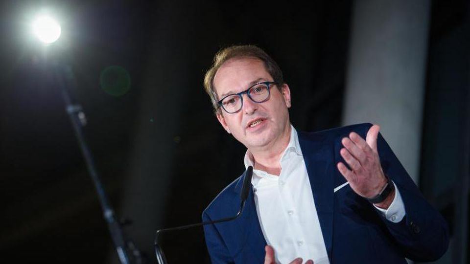 CSU-Landesgruppenchef Alexander Dobrindt appelliert an Mark Rutte. Foto: Gregor Fischer/dpa