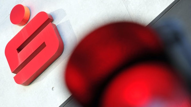 Von einer neuen Phishing-Betrugsmasche sind aktuell alle Sparkassen-Kunden betroffen.