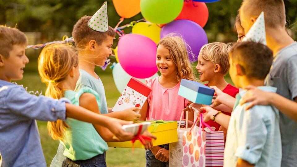 Mitgebsel gehören zu jedem Kindergeburtstag.