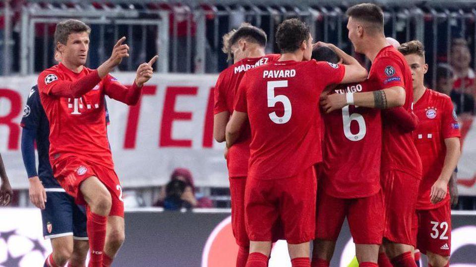 Thomas Müller (l) und Co. setzten sich souverän gegen Belgrad durch. Foto: Sven Hoppe