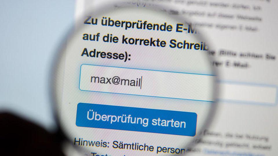 BSI, Cyber-Crime, Online-Identitäten, Datenklau