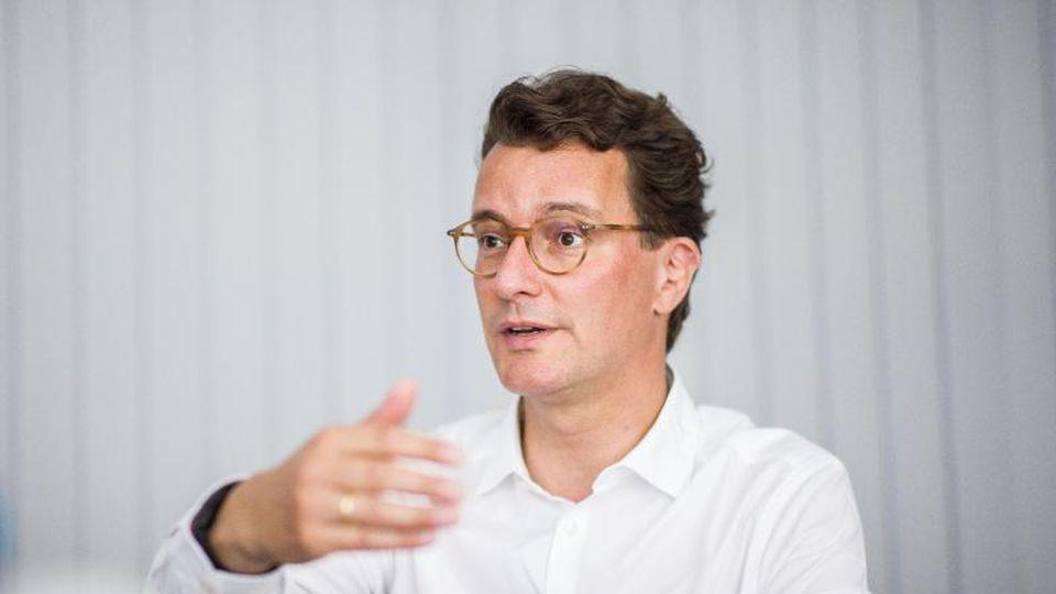 Hendrik Wüst (CDU), Verkehrsminister von Nordrhein-Westfalen. Foto: Marcel Kusch//dpa/Archivbild