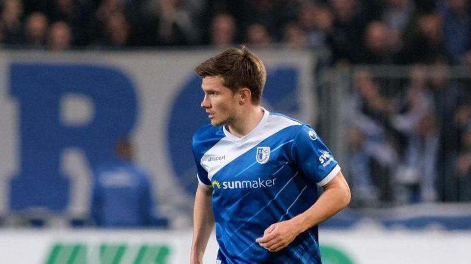 Magdeburgs Björn Rother, hier beim Spiel gegen den 1. FC Heidenheim. Foto: Peter Steffen/Archivbild