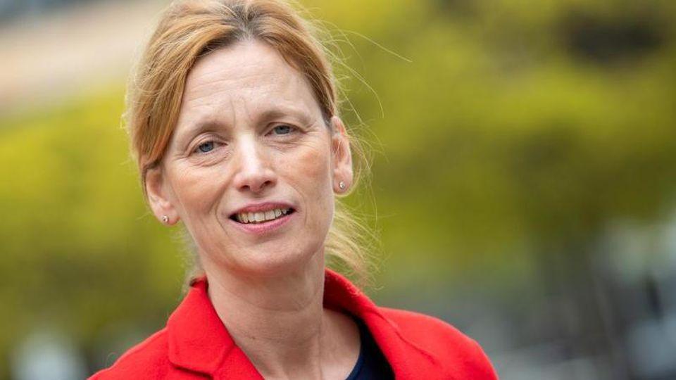 Schleswig-Holsteins Bildungsministerin Karin Prien (CDU). Foto: Monika Skolimowska/zb/dpa/Archivbild