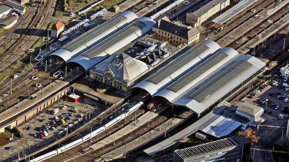 Der Hauptbahnhof in Halle/Saale im Jahr 2015. Foto: Jan Woitas/zb/dpa