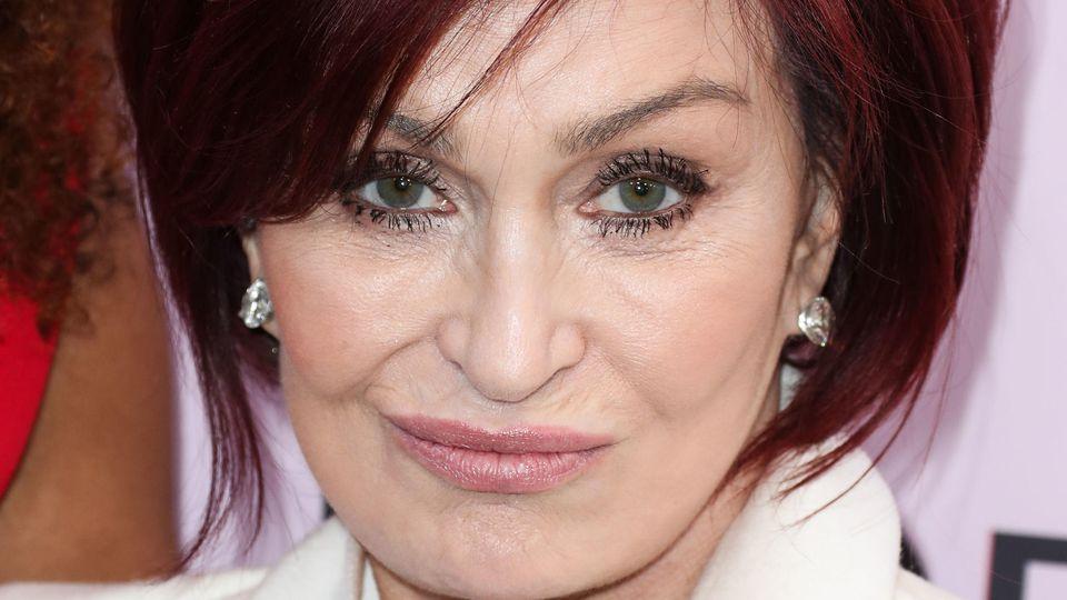 Sharon Osbourne hat eine neue Frisur.