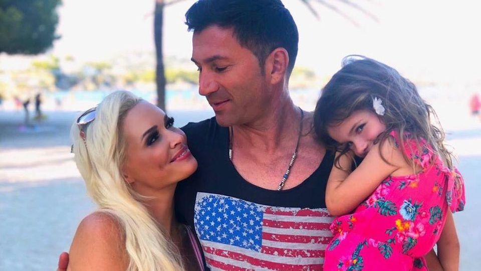 Lucas Cordalis mit Daniela Katzenberger und Tochter Sophia.