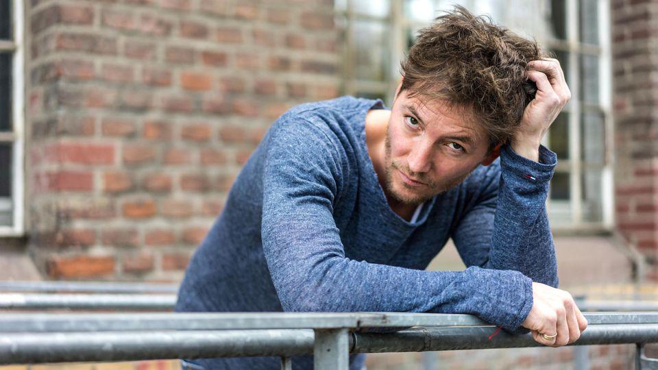 AWZ: Dirk Moritz als Martin Zobel