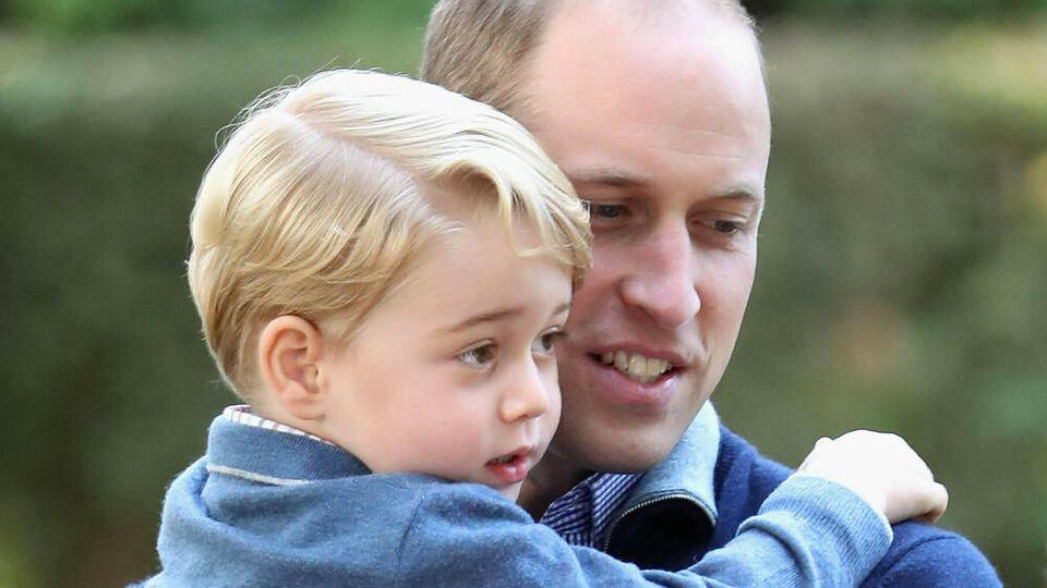 Prinz William mit seinem ältesten Sohn George.