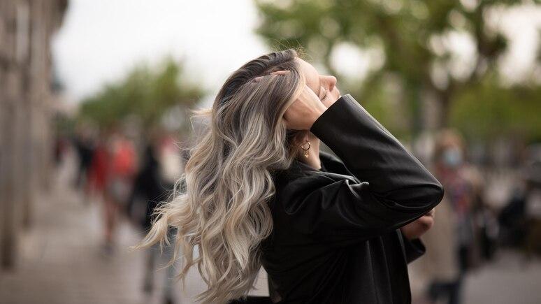 """""""Grey Blending"""" für mehr Farbbrillianz bei grauen Haaren!"""