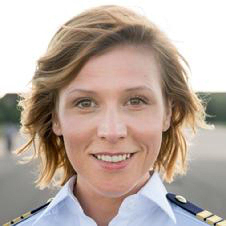 "Franziska Weisz spielt in ""Das Joshua-Profil"" Max' Frau Kim"