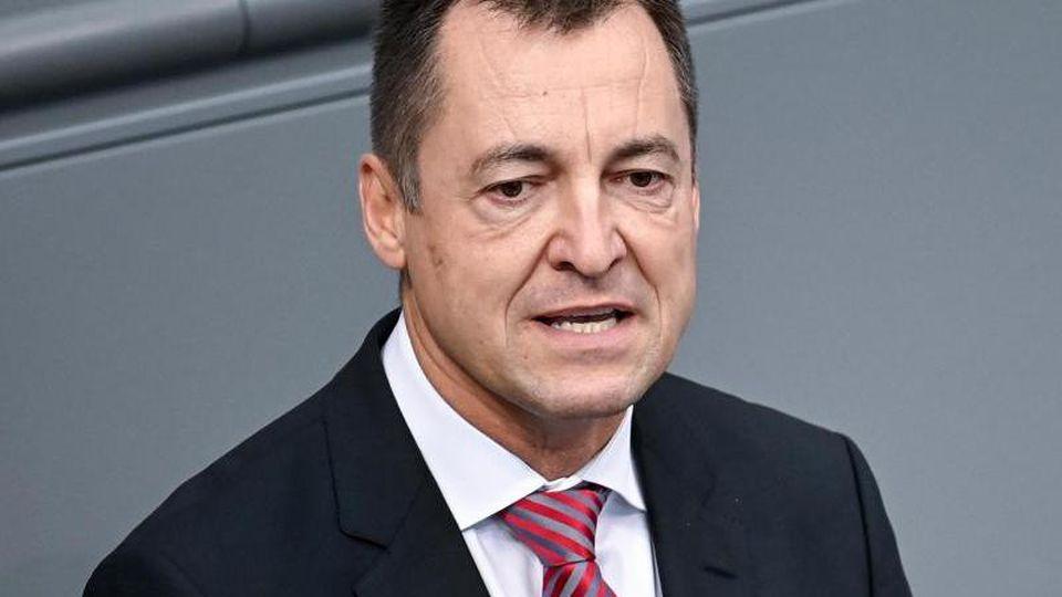Torsten Herbst (FDP) spricht. Foto: Britta Pedersen/dpa-Zentralbild/dpa