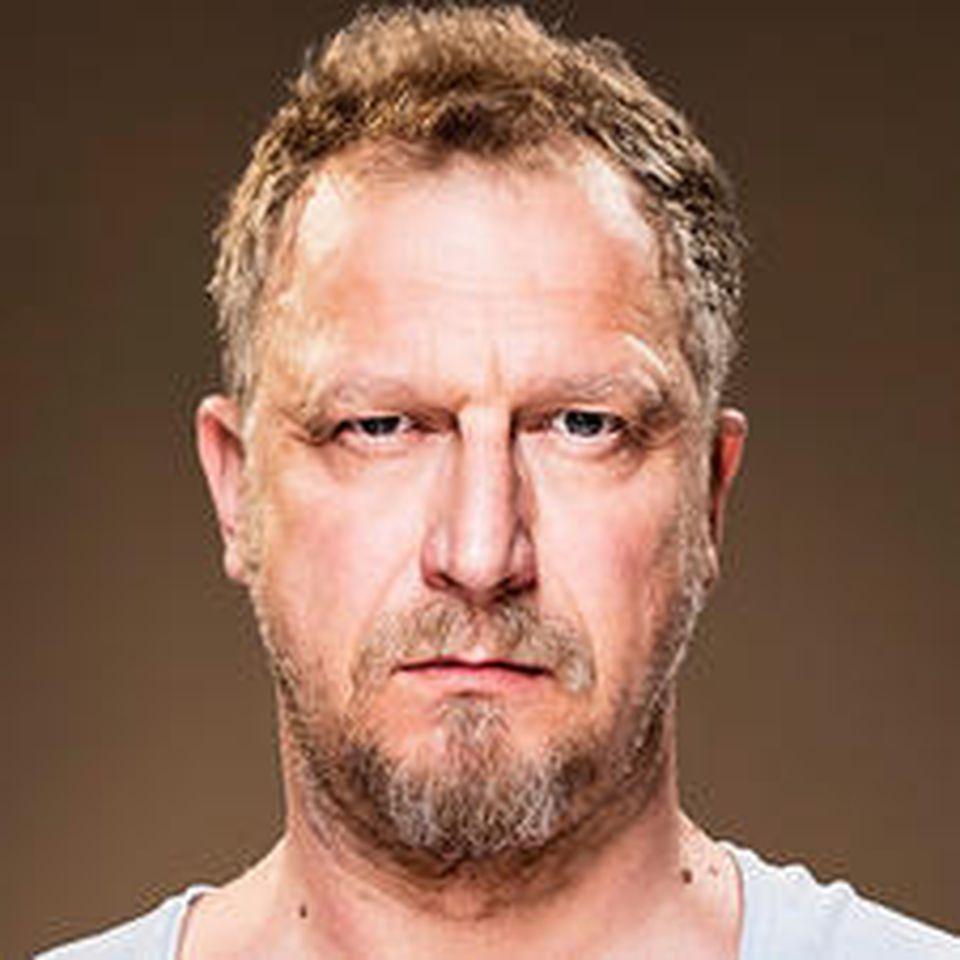 """Matthias Komm als Tobias Holtkamp in """"Magda macht das schon!"""""""