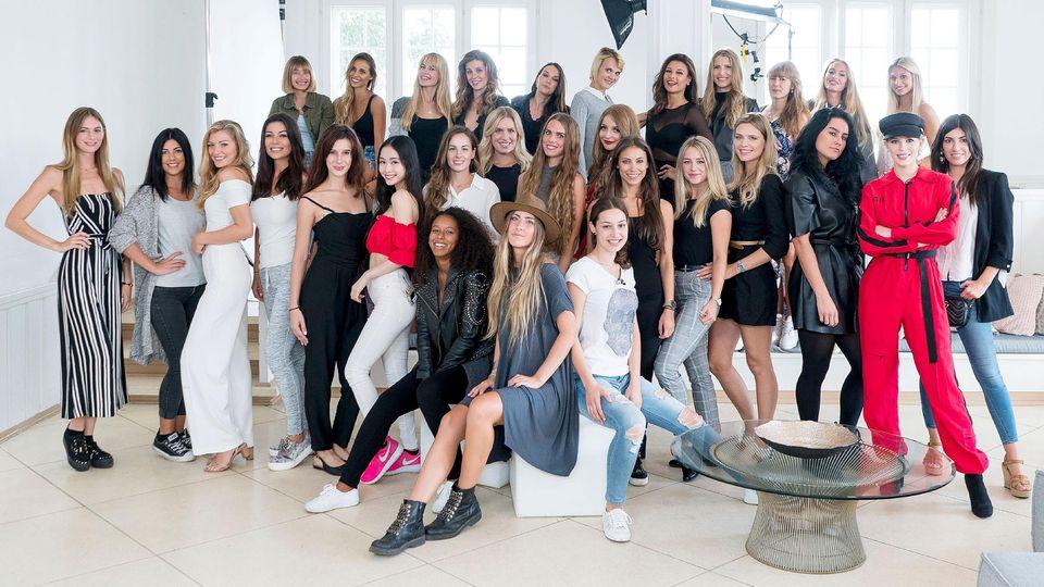 Für ihre Dessous- und Bademodenkollektion 'Sylvie Designs' sucht Sylvie jetzt ihre neue Markenbotschafterin. Aus unzähligen Bewerbungen hat Sylvie deshalb 30 Models zum Casting nach Hamburg eingeladen.