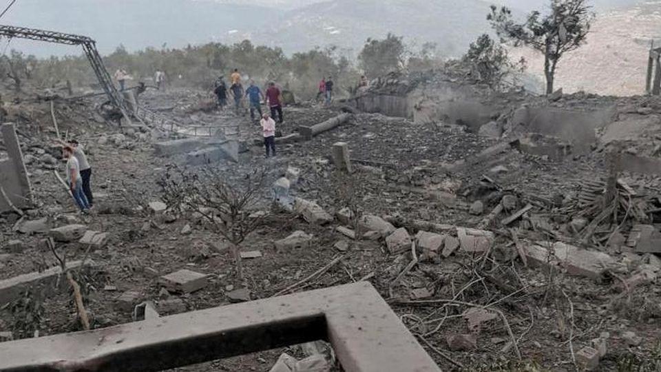 Der Ort der gewaltigen Explosion im Libanon liegt in der südlichen Region nahe der Grenze zu Israel. Foto: -/jwayya.org/dpa