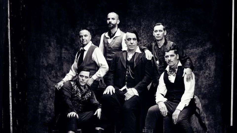 Die Band Rammstein. Foto: Jes Larsen/check your head/Archivbild