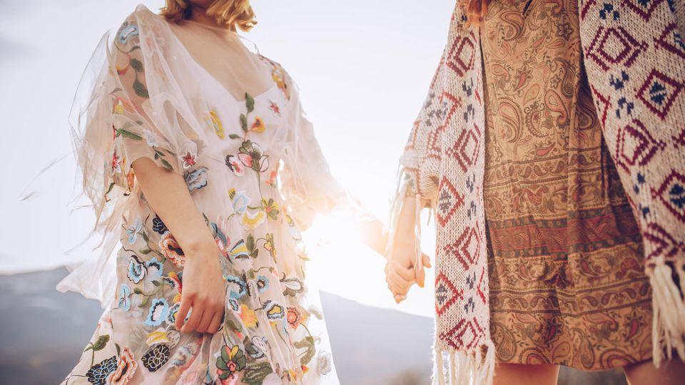 Luftige Kleider und coole Muster - ein Trend für jedermann!