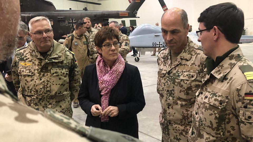 Annegret Kramp-Karrenbauer in Afghanistan