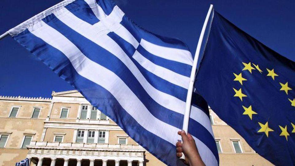 Nach acht Jahren unter einem Rettungsschirm hatte Griechenland am 20. August 2018 das dritte Hilfsprogramm der Europäer abgeschlossen. Foto: Simela Pantzartzi/ANA-MPA/EPA/dpa